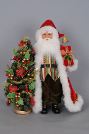 CC16-136 Red Santa with Lighted Tree