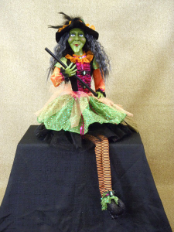 HA26-01 Glitzy Green Witch
